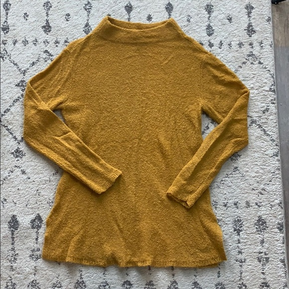 Old Navy Sweaters - OLD NAVY MUSTARD YELLOW SWEATER